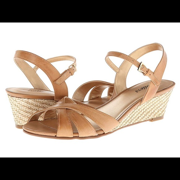 Trotters Shoes | Mickey Wedged Sandals